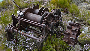 Gold mining equipment Doctors Point Roxburgh Gorge
